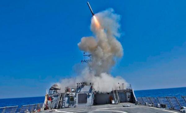 Uma guerra curta e vitoriosa: Trump quer resolver seus problemas com uma agressão à Coreia