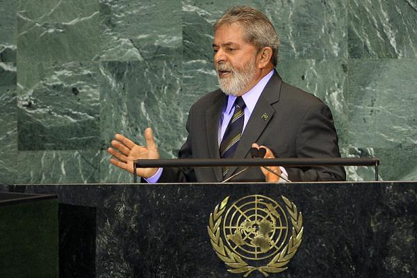 Lula da Silva: Pesquisa eleitoral é distração
